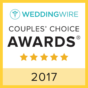 A couple's choice award badge from Wedding Wire for the year 2019. Five stars were awarded.